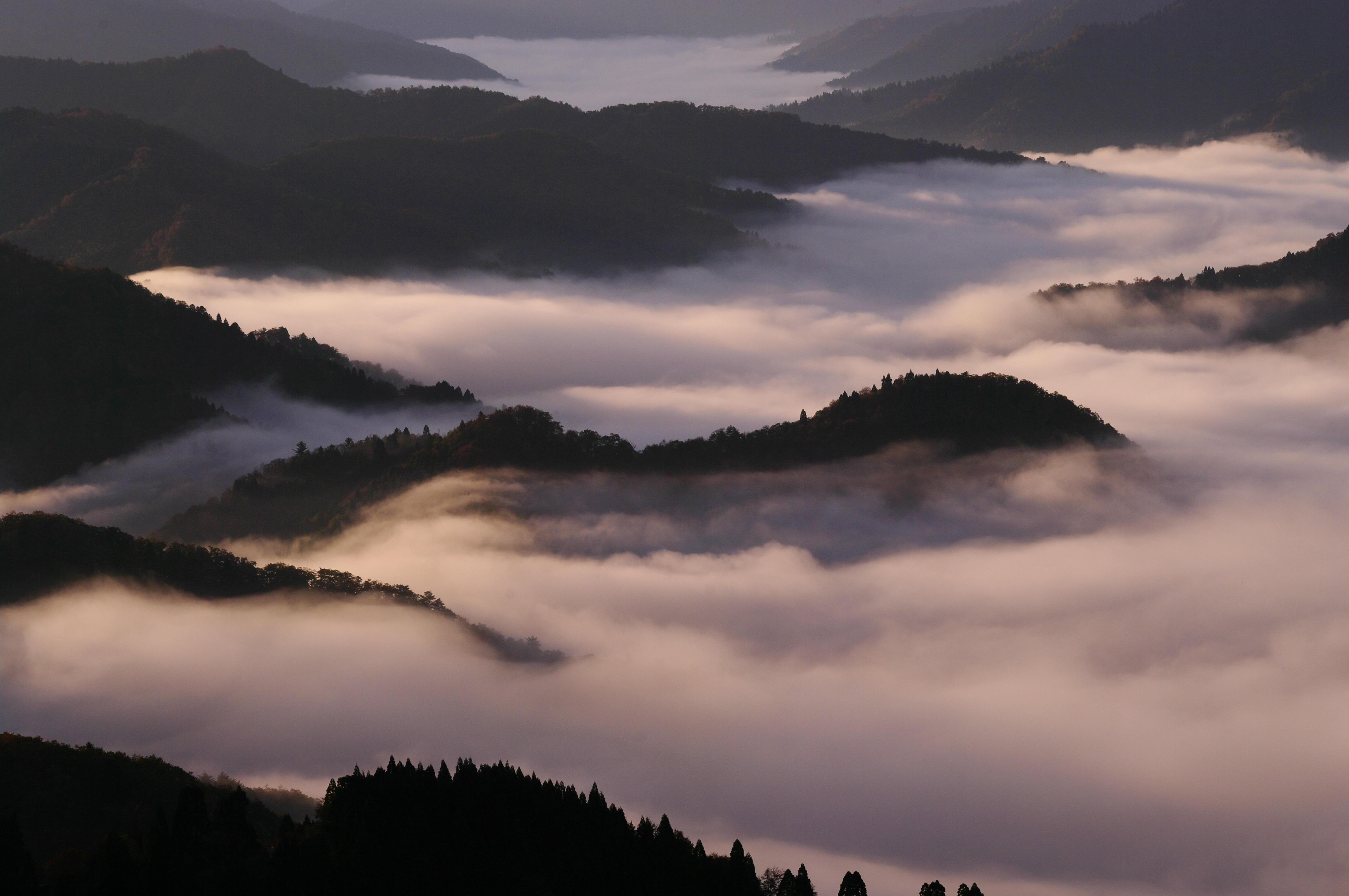 雲海の目覚め