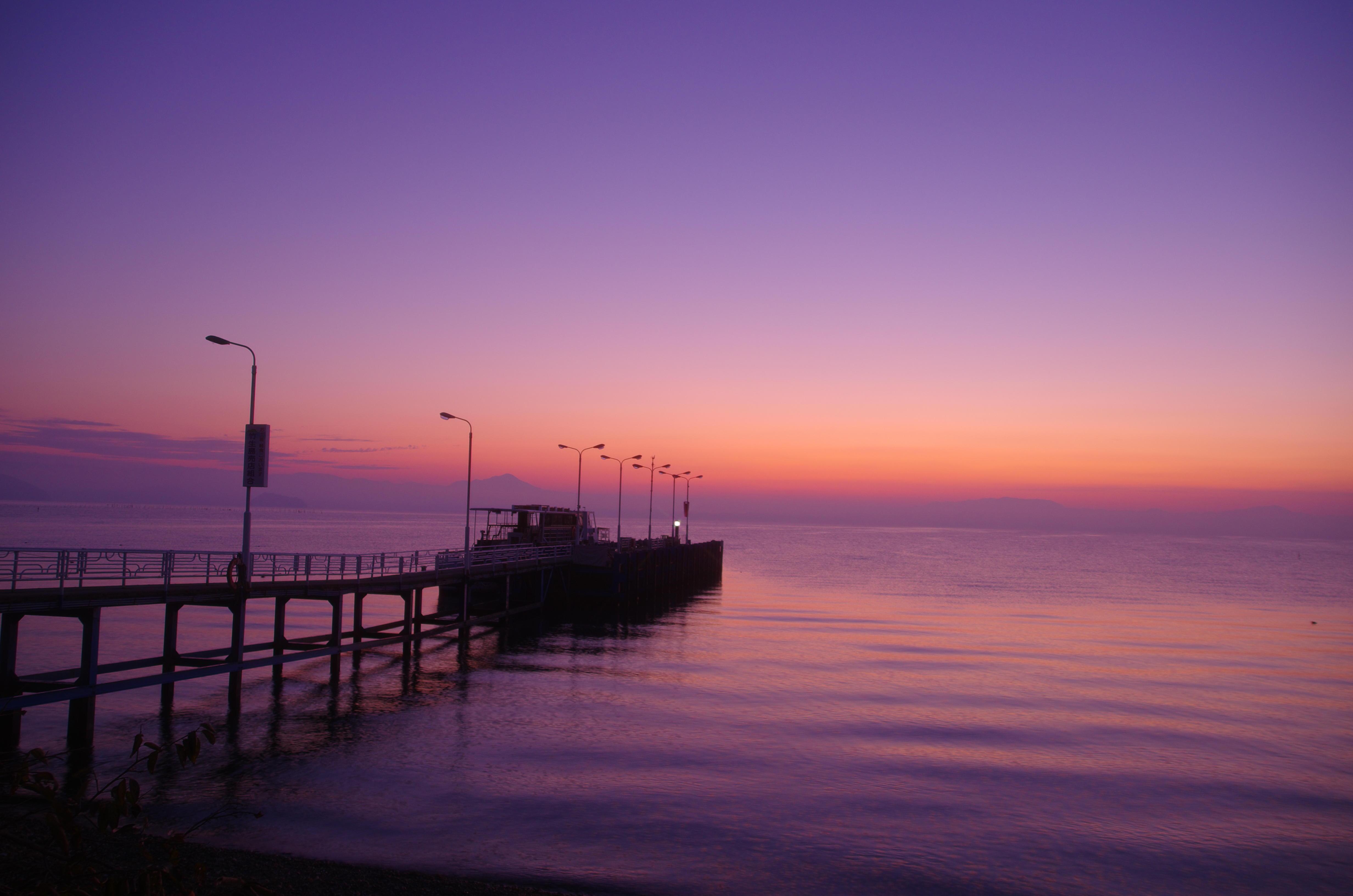 今津港の夜明け
